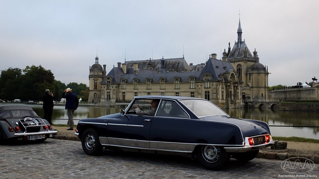 Citroën DS coupé chantilly