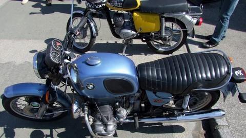 expos motos anciennes et deux roues. Black Bedroom Furniture Sets. Home Design Ideas
