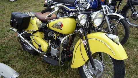 moto indian jaune
