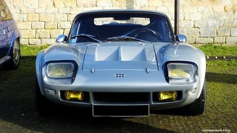 rendez-vous mensuel de voitures anciennes et de prestige à gouvieux